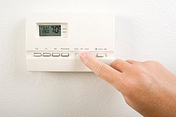 Programmable thermostat in action.